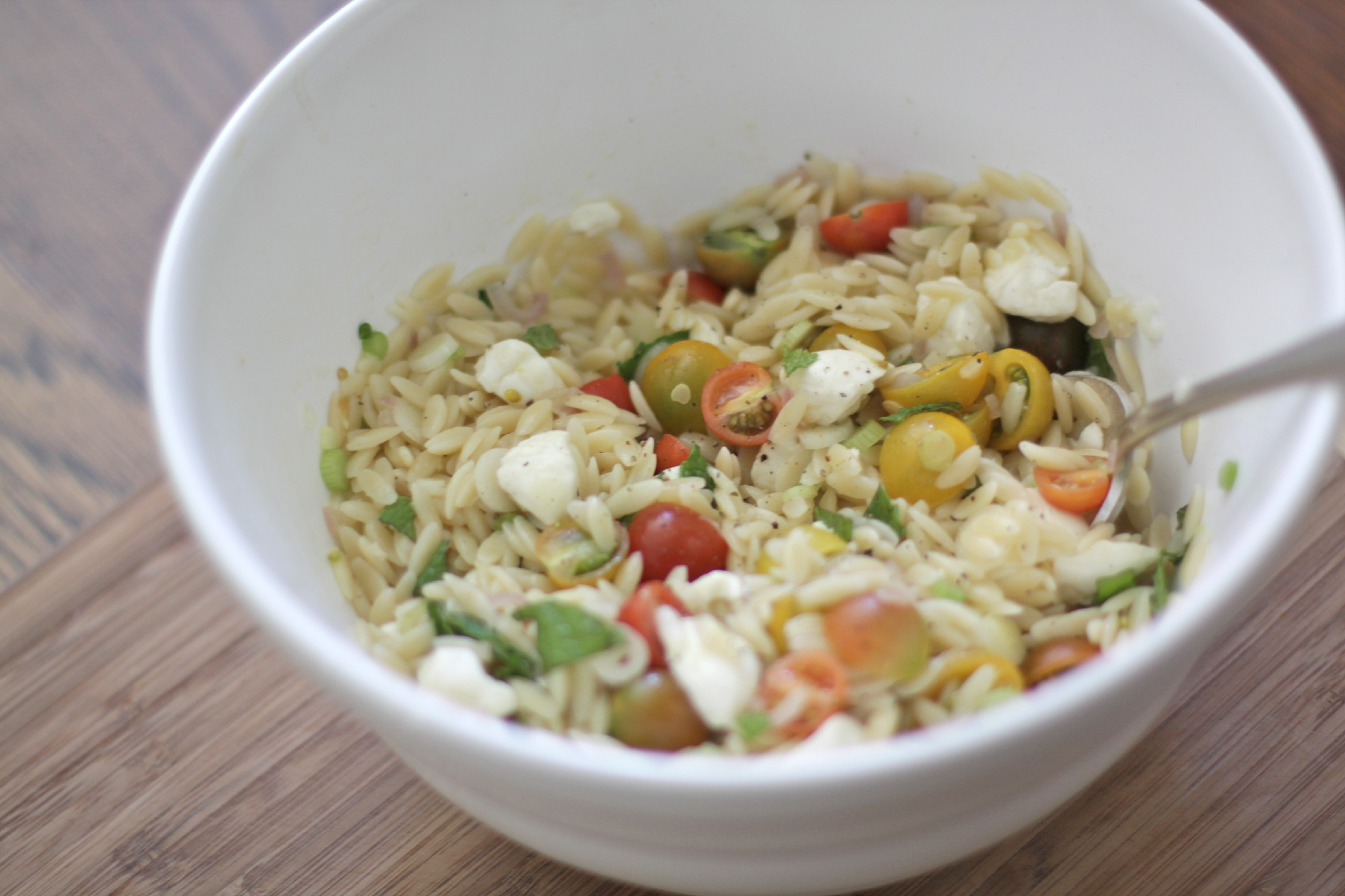 Orzo w/ Cherry Tomatoes, Bocconcini & Mint