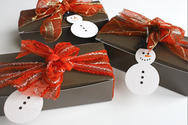 coconut-and-salted-caramel-thumprints-gifts2