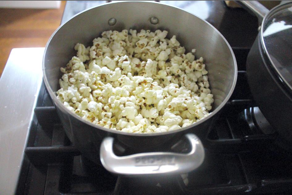 buttered-popcorn-cookies-popcorn