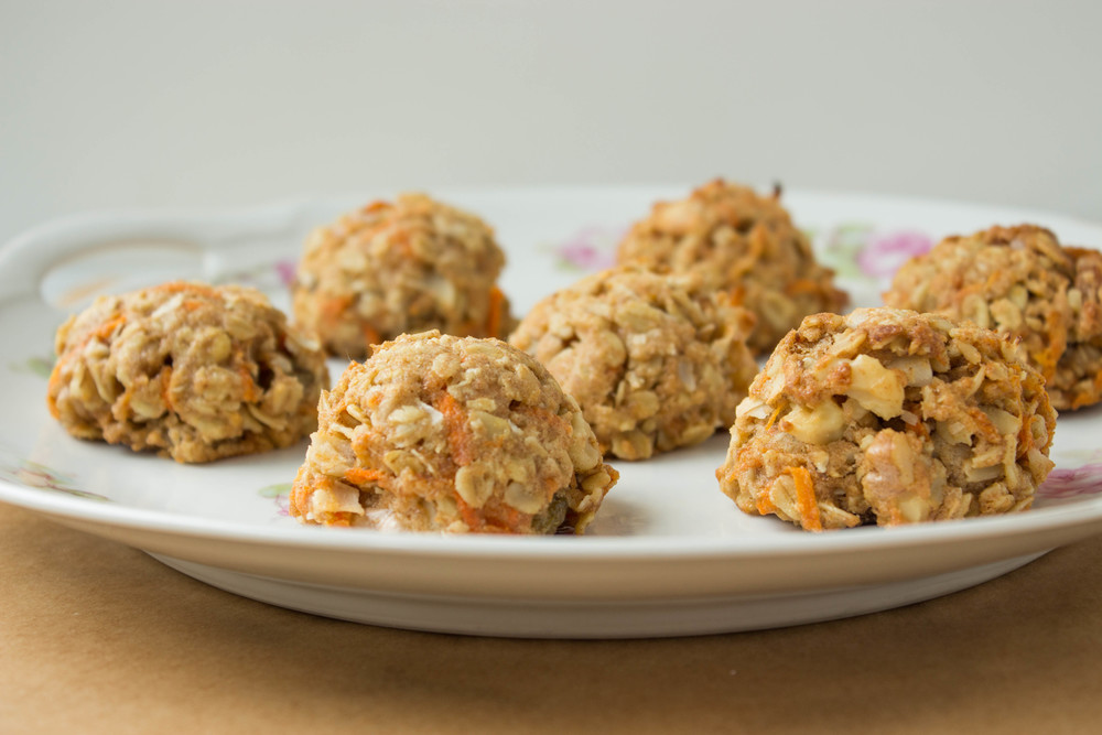 vegan-carrot-oatmeal-raisin-cookies-7