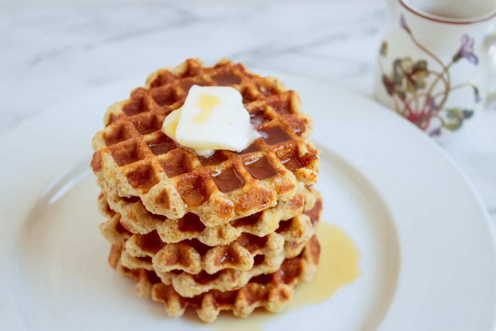 almond-flour-waflles