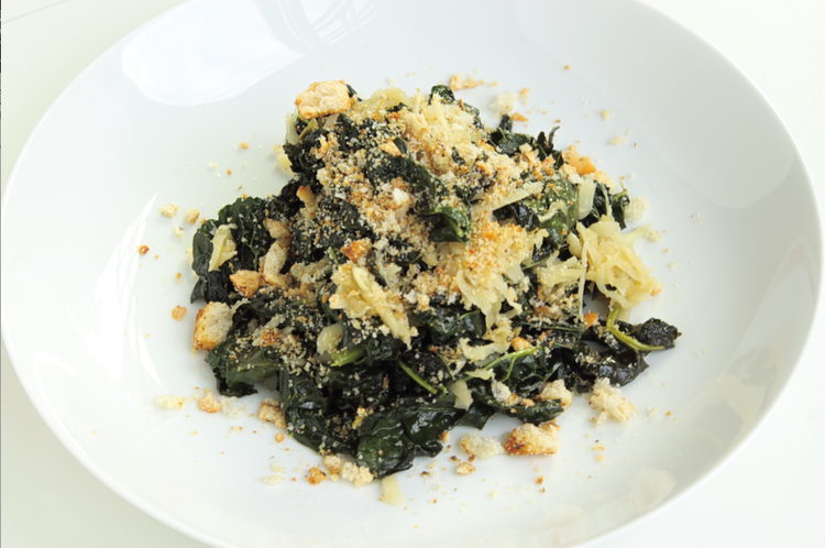 kale with breadcrumbs