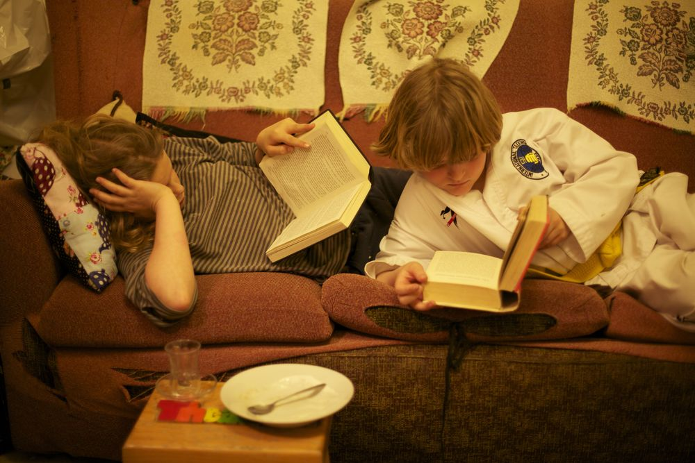 Dot and Harry reading, Cambridge (and a respectful nod to Andre Kertesz for his great photographs of people reading))