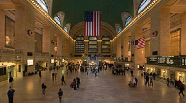 The main concourse of New York's Grand Central Terminal in 2006.
