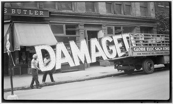 "Walker Evans, [Workers Loading Neon ""Damaged"" Sign into Truck, West Eleventh Street, New York City], 1928-30, Metropolitan museum of art."