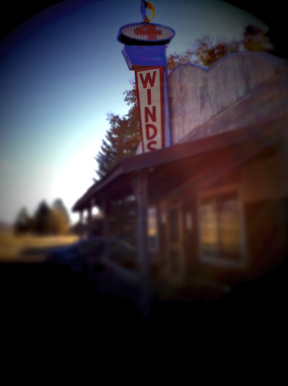 4 Winds Saloon