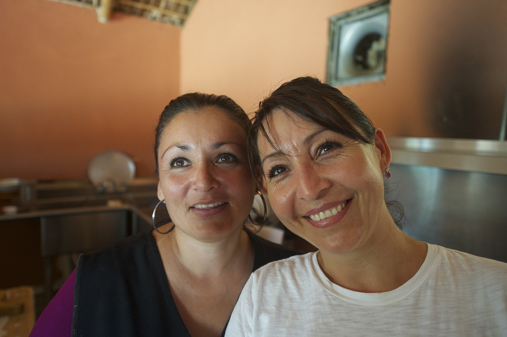 Portrait of two women. La Ribera, Mexico.