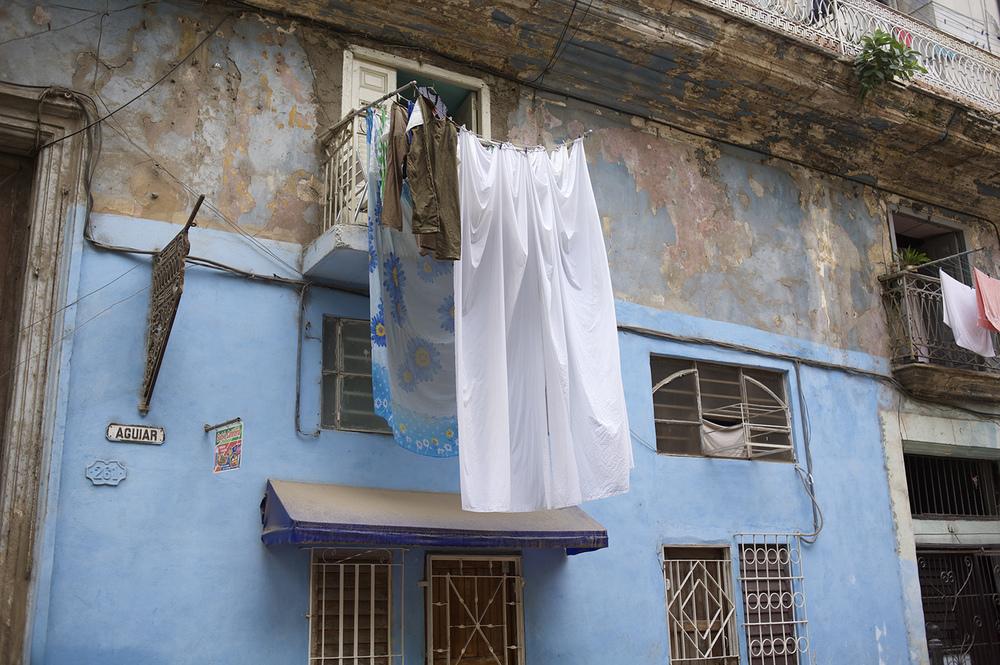 havana street laundary.jpg
