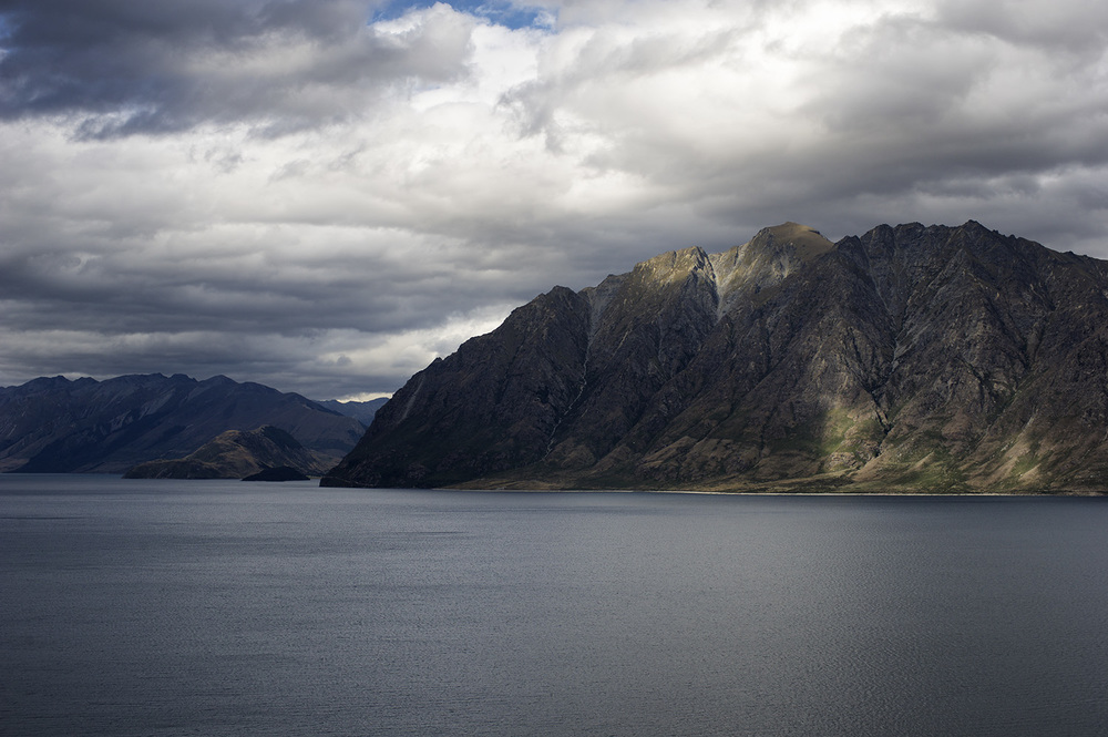 NZ Lake Hawea.jpg