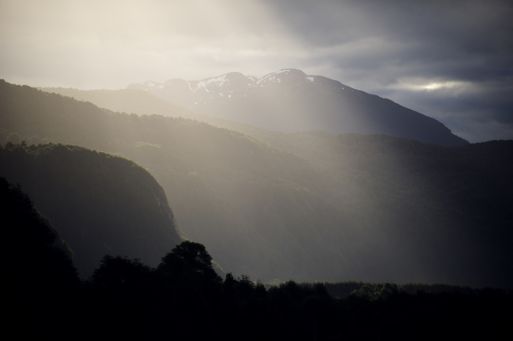 light rays contrast.jpg