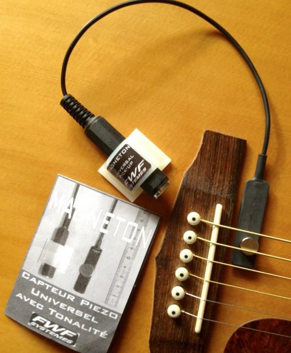 magneton guitar for web.jpg