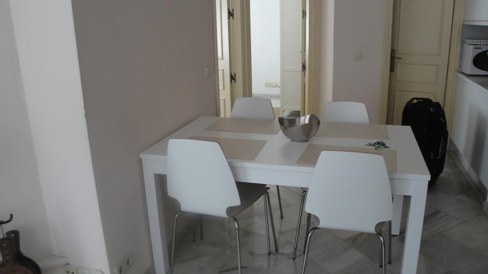 1202 Spisebord-1.jpg