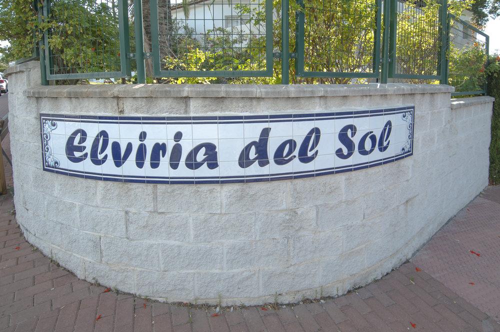 Elviria_01.jpg