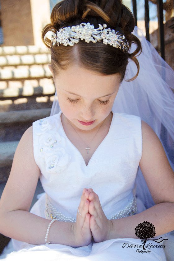 Julia Smith First Communion-WEB-0013.jpg