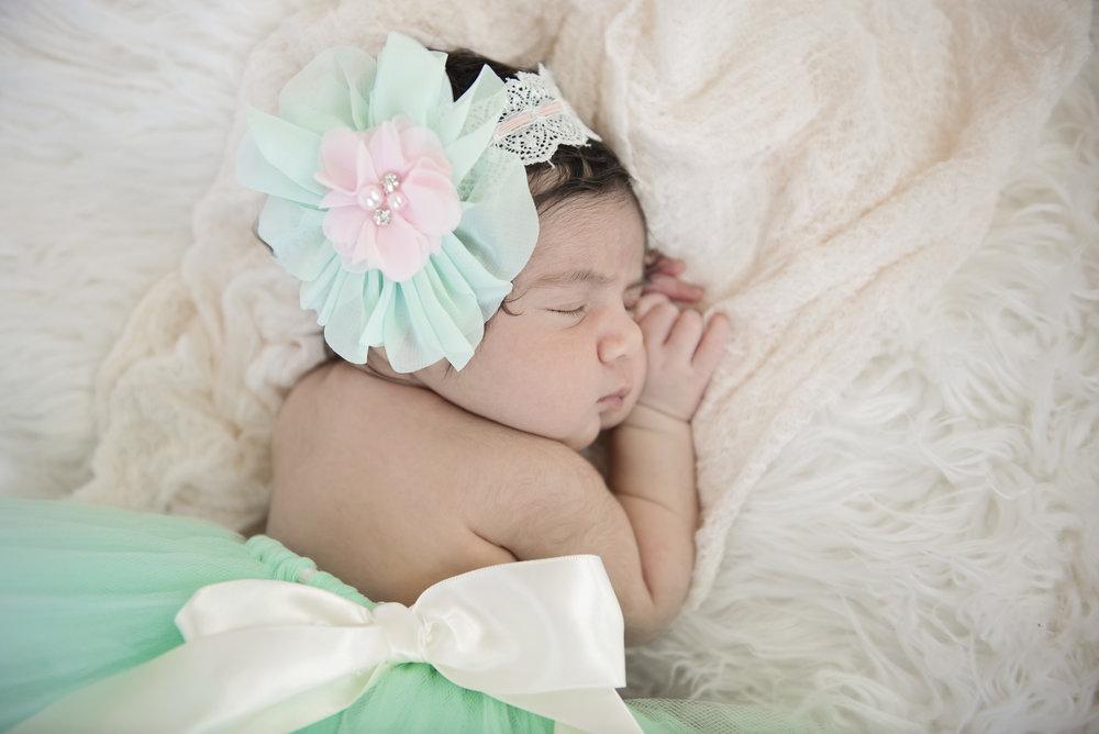 Amaira's Newborn Session - 13.jpg