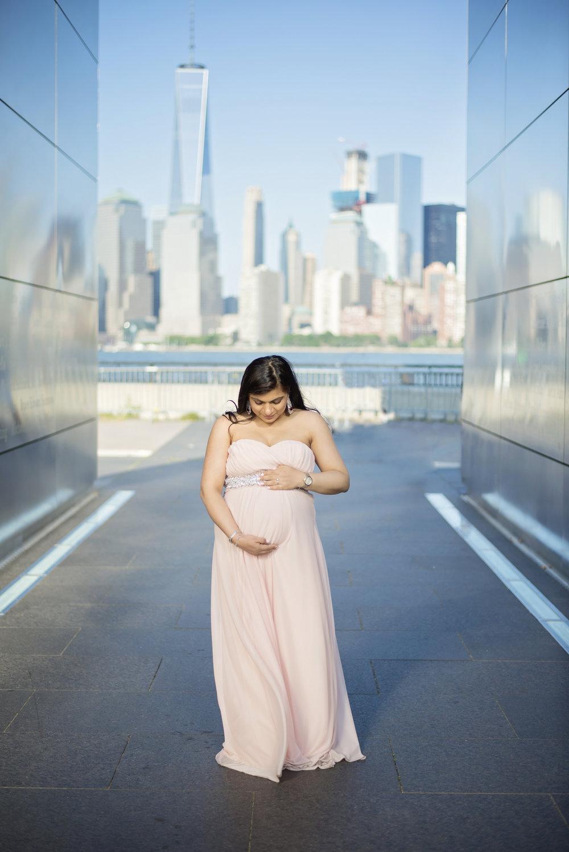 Sonali Maternity Session - 07.jpg