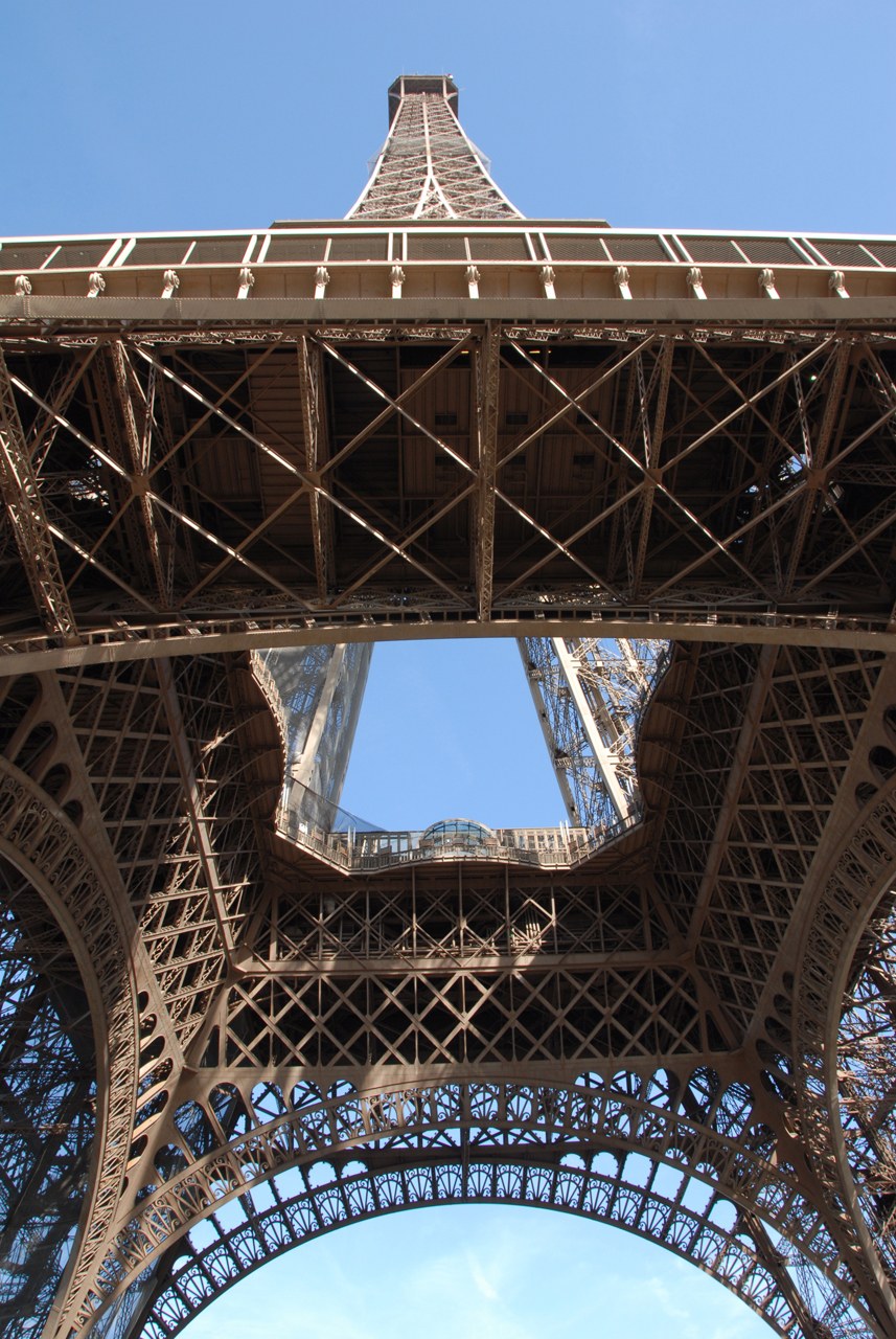 eiffel_tower_paris_DSC_0213_cbm.jpg