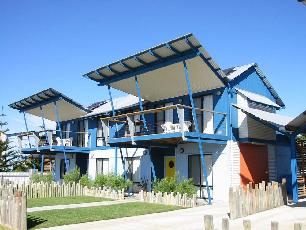 Esperance Seaside Apartments  - WA, 1998-2001