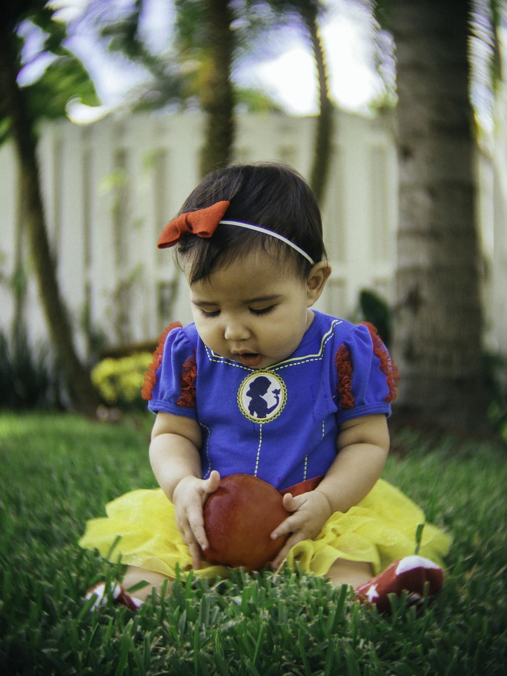 Izzy Snow White.jpg