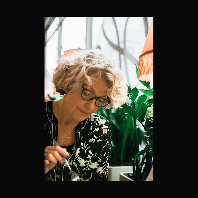 MOMMA//VIENNA⠀⠀⠀⠀⠀⠀⠀⠀⠀ *************************************⠀⠀⠀⠀⠀⠀⠀⠀⠀ Happy birthday to the legend, the myth, the one and only Pam Dowse. Love ya momma.. let's see what adventures we have in 2019! 📽 Olympus OM10⠀⠀⠀⠀⠀⠀⠀⠀⠀ *************************************⠀⠀⠀⠀⠀⠀⠀⠀⠀ #shootfilmnotmegapixles #olympus #visitaustria #35mm #lighthunter #chasinglight #visitvienna #vienna #womeninfilm  #neverstopexploring #travelstoke #inlovewiththesestreets #ilovegrain #shootfilm #filmsnotdead #kodakfilm