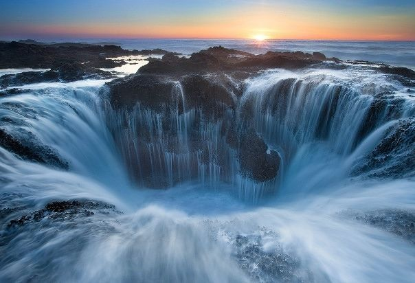 Thor's Well - The Gates Of The Dungeon