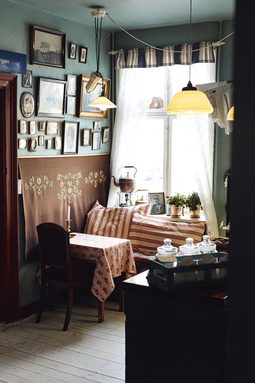 Fru Petersens Café
