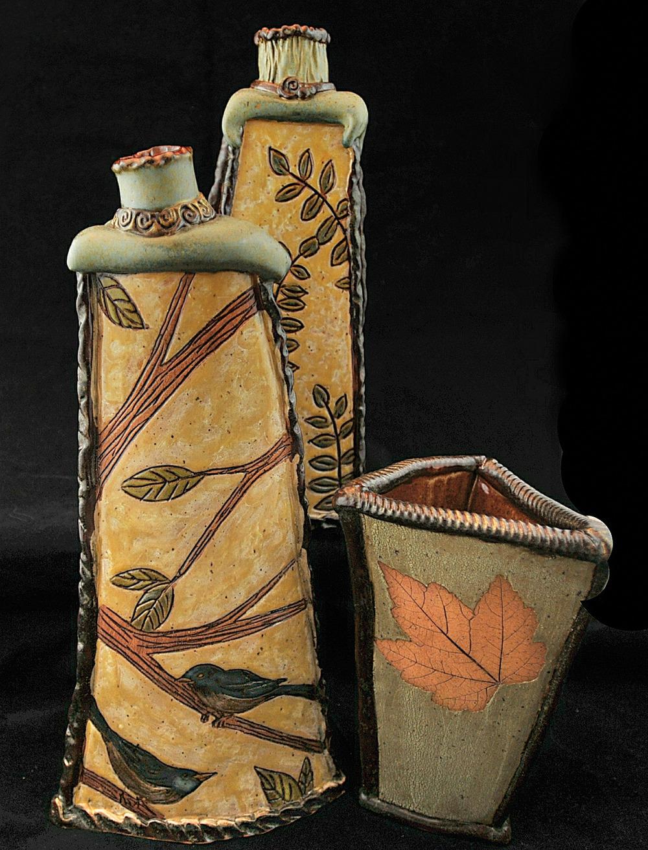 Bates_HilDeeandPat_Vases_website.jpg