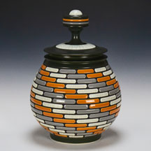 Gregg Rasmusson lidded jar low res.jpg