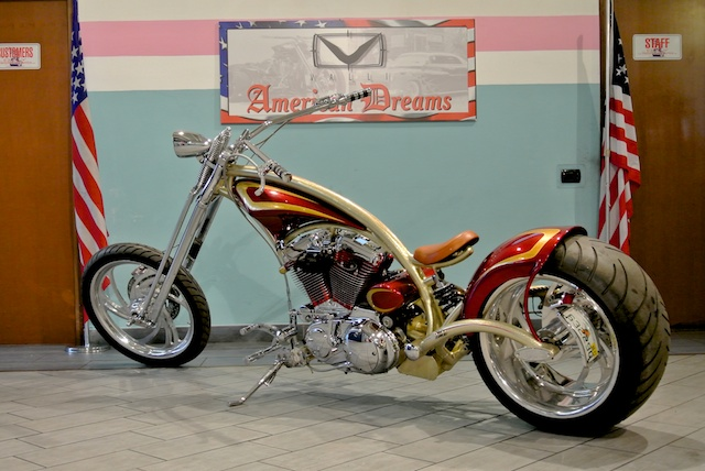 Red Neck Mutant Bike Valli Store 04.jpg