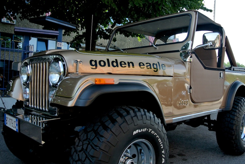 Jeep CJ7 goldean eagle