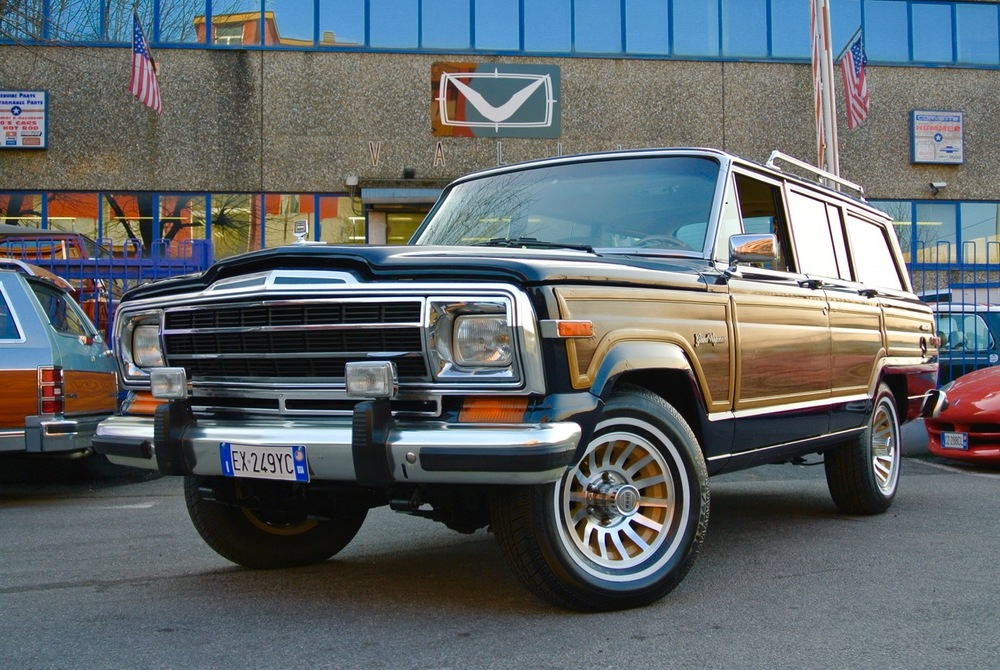 jeep grand wagoneer vallistore