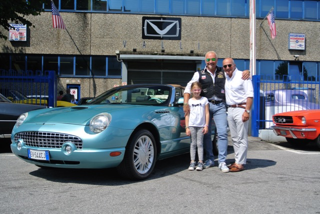 2002 Ford Thunderbird GF Riccio.jpg
