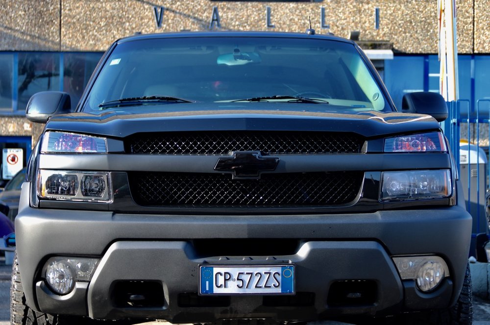 2002 Chevrolet Avalanche 8.1L Big Block 08.jpg