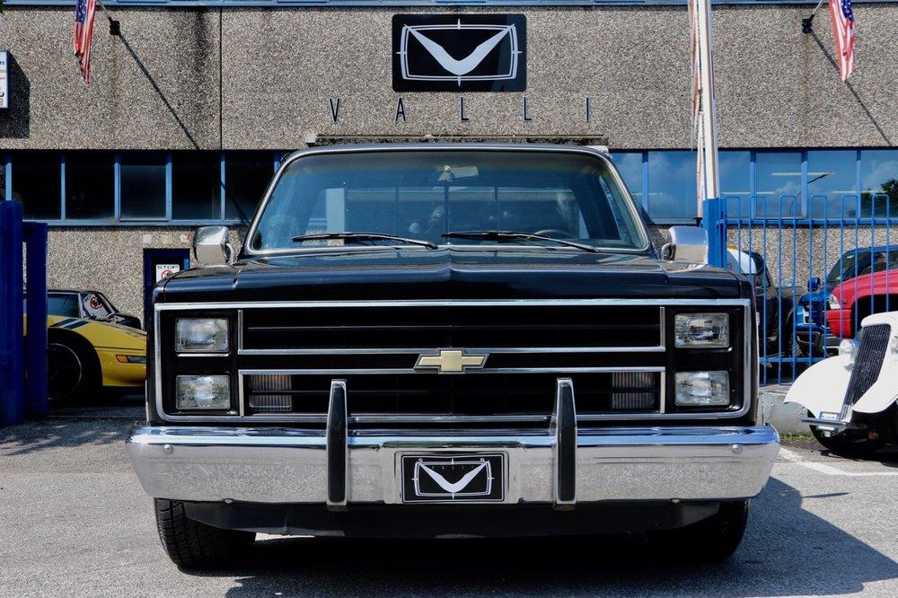 1985 Chevrolet Silverado C10 VALLIstore 01.jpg
