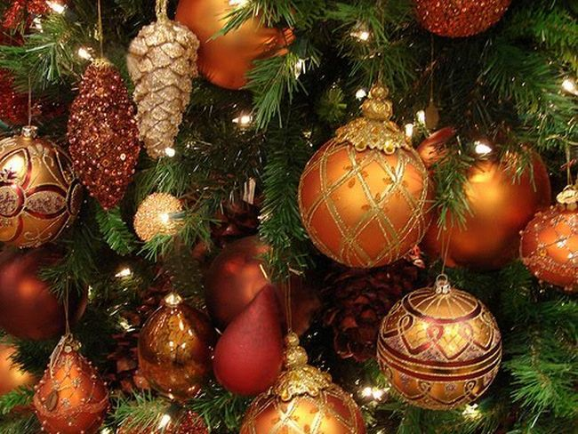 orange ornaments.jpg