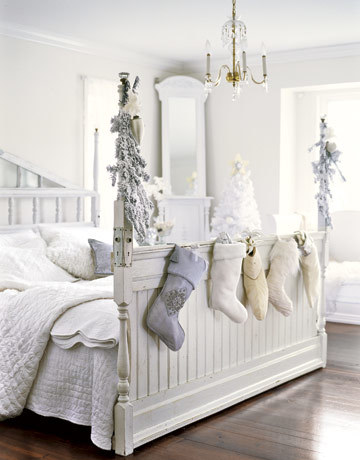 white bedroom.jpg