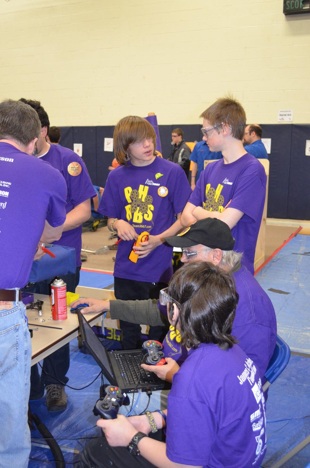 Team 3667 Waterford Comp 2012-008.JPG