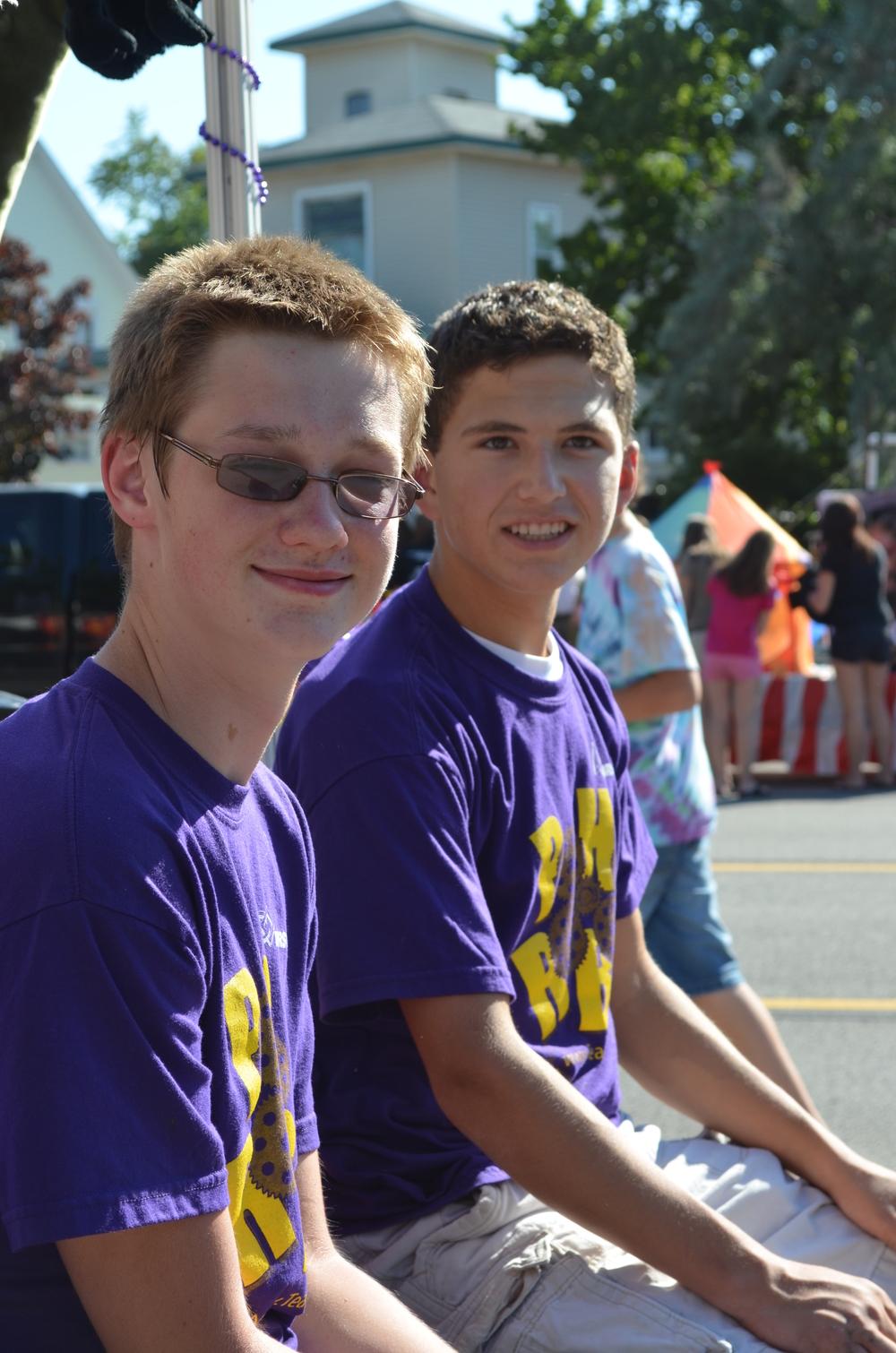 Team 3667 Parade 2012-007.JPG