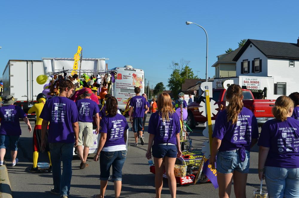 Team 3667 Parade 2012-014.JPG