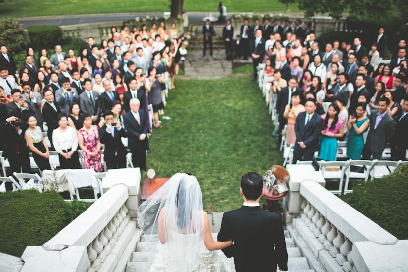 tin-sparrow-wedding-aisle