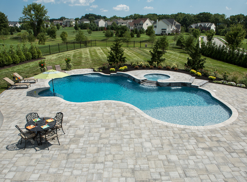 Overall view of the Bluetree pool featuring lots of EP Henry pavers.