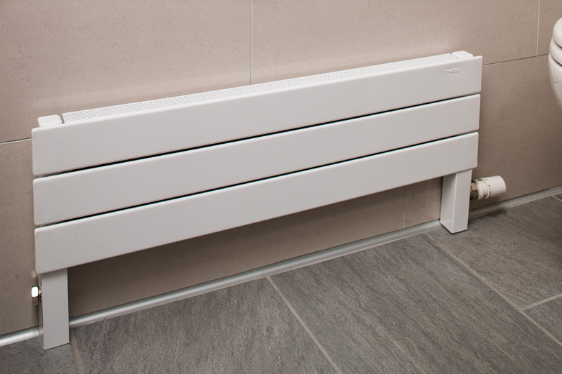 The modern radiator from Runtal saved valuable space.
