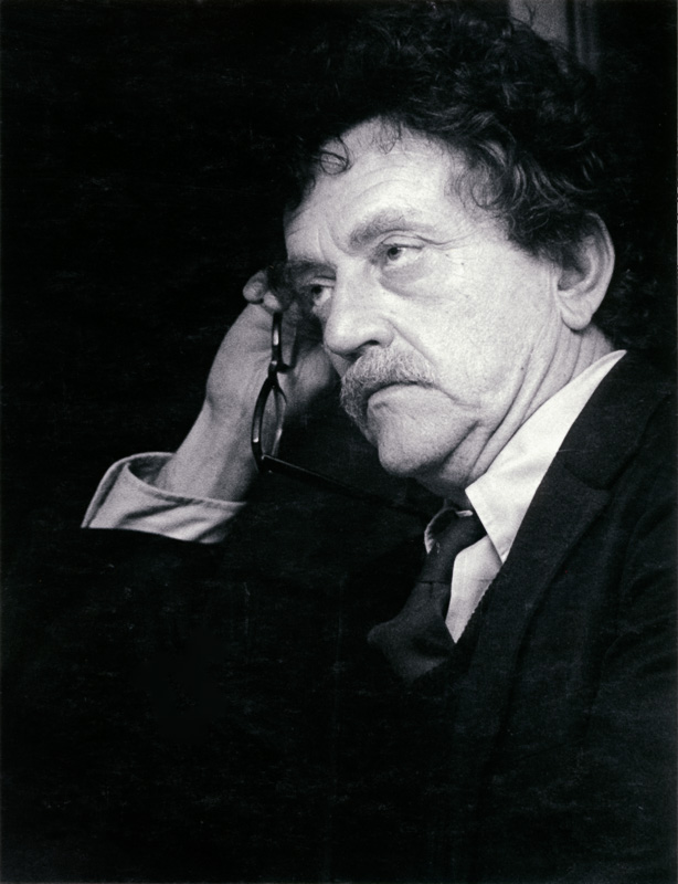 Kurt Vonnegut at 1980 Cornell Daily Sun dinner, 5/15/1980.