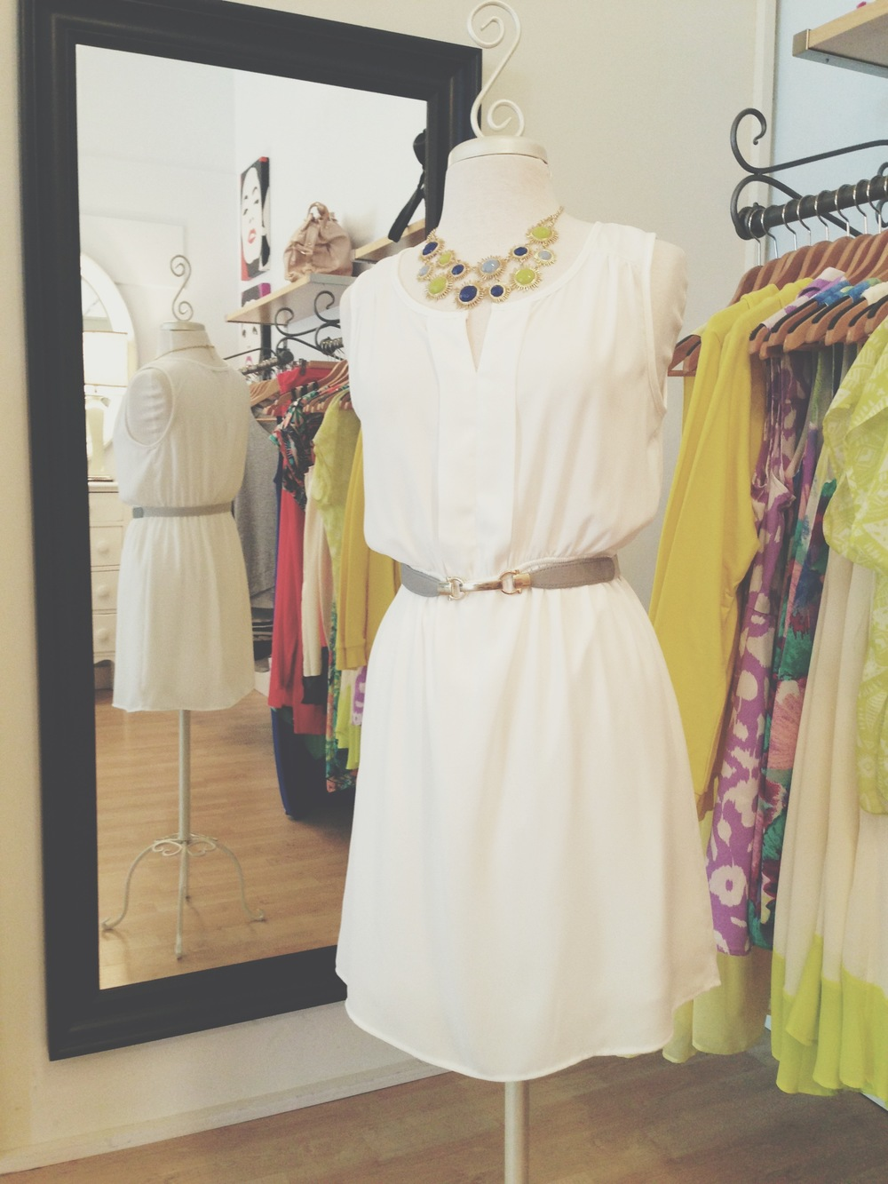 Classic white dress, easily paired with any color!
