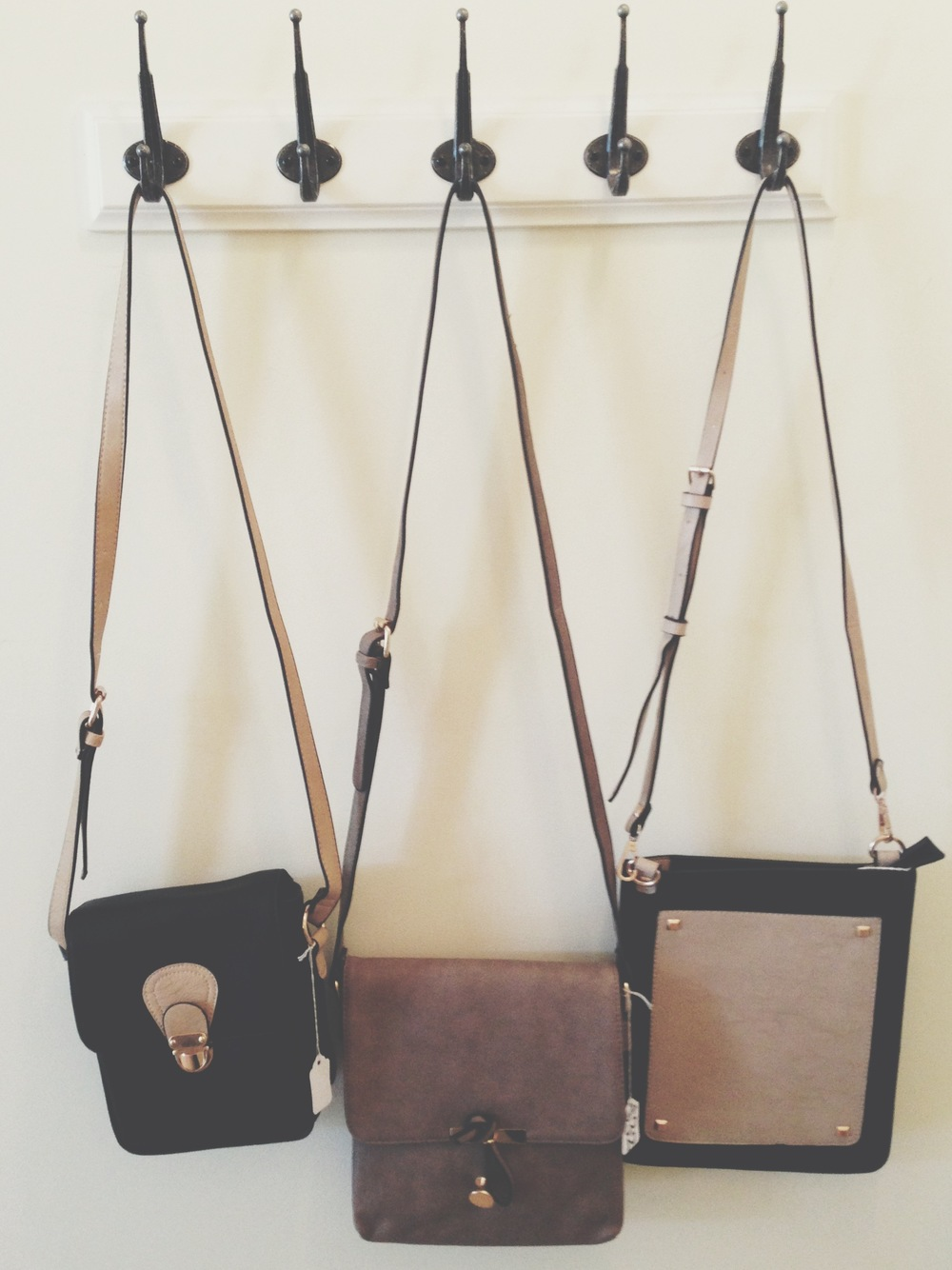 Color block and neutral cross body bags for your everyday Seattle gal