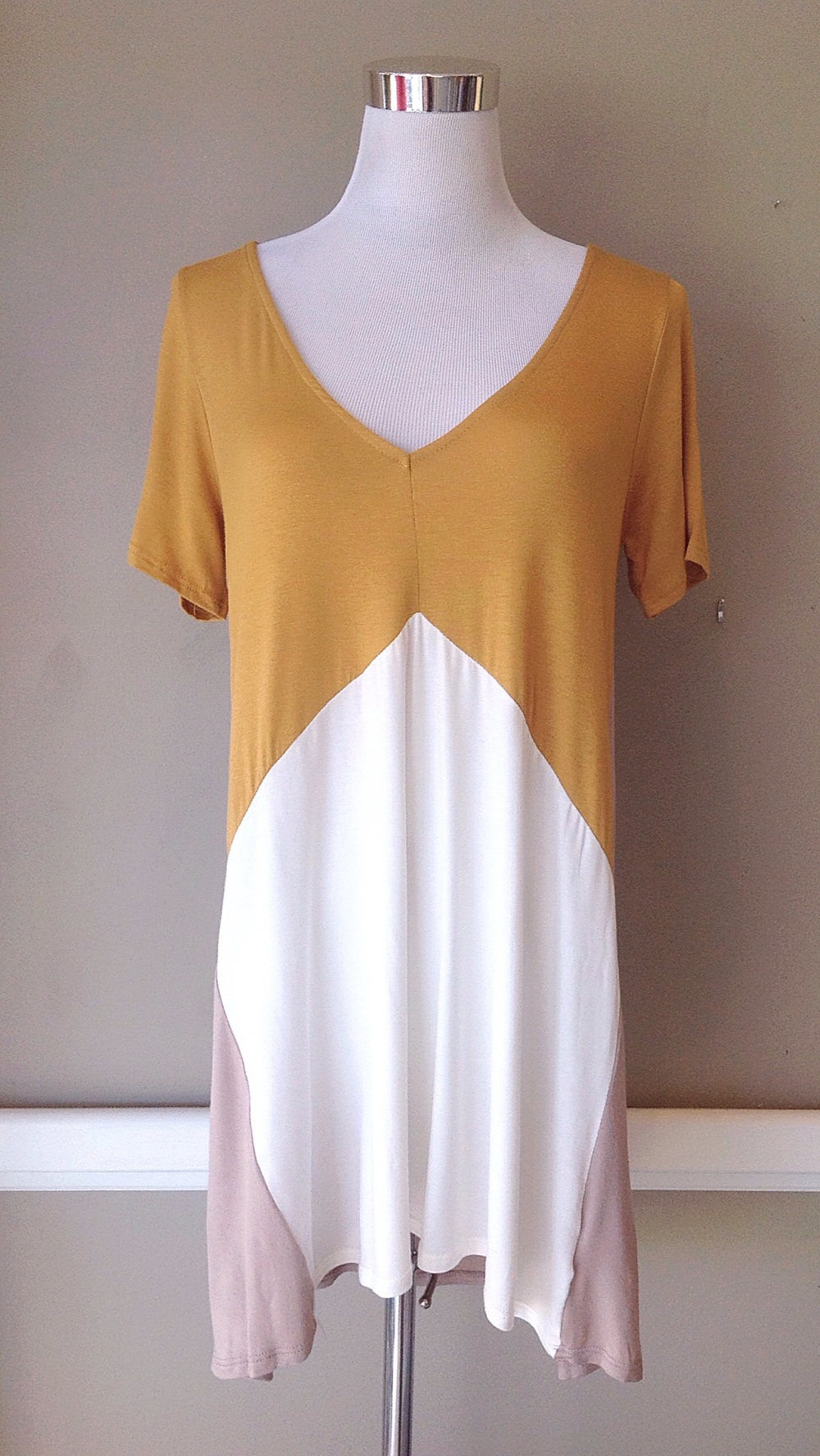 Colorblock knit tunic dress in mustard/ivory/taupe, $34