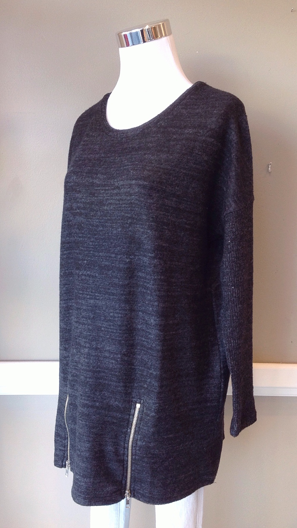 Zipper hem tunic sweater in heathered onyx, $38
