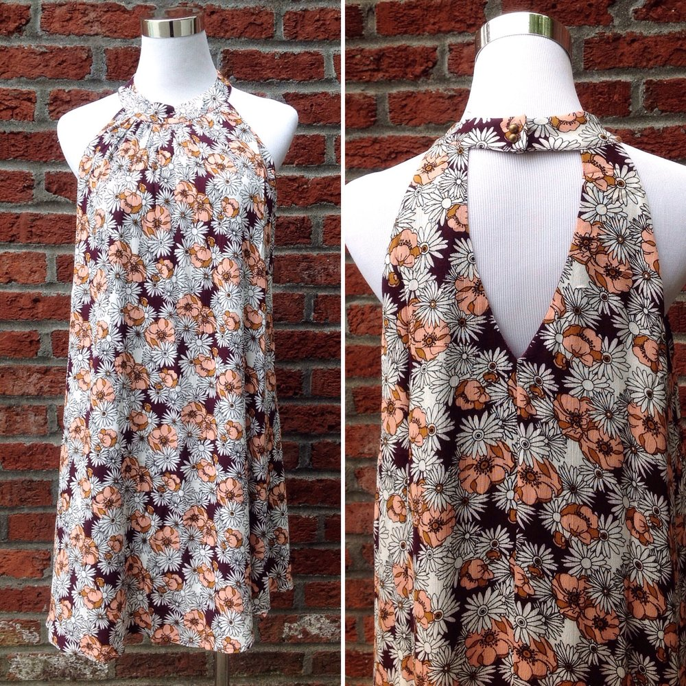 Woven floral print trapèze dress with keyhole back, $38