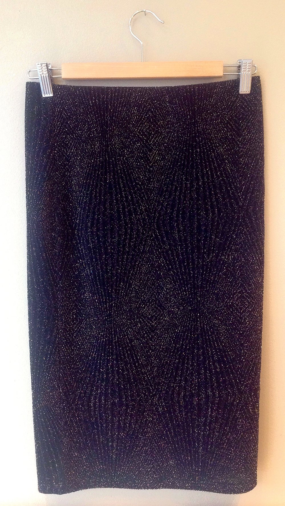 Black/metallic rib knit pencil skirt