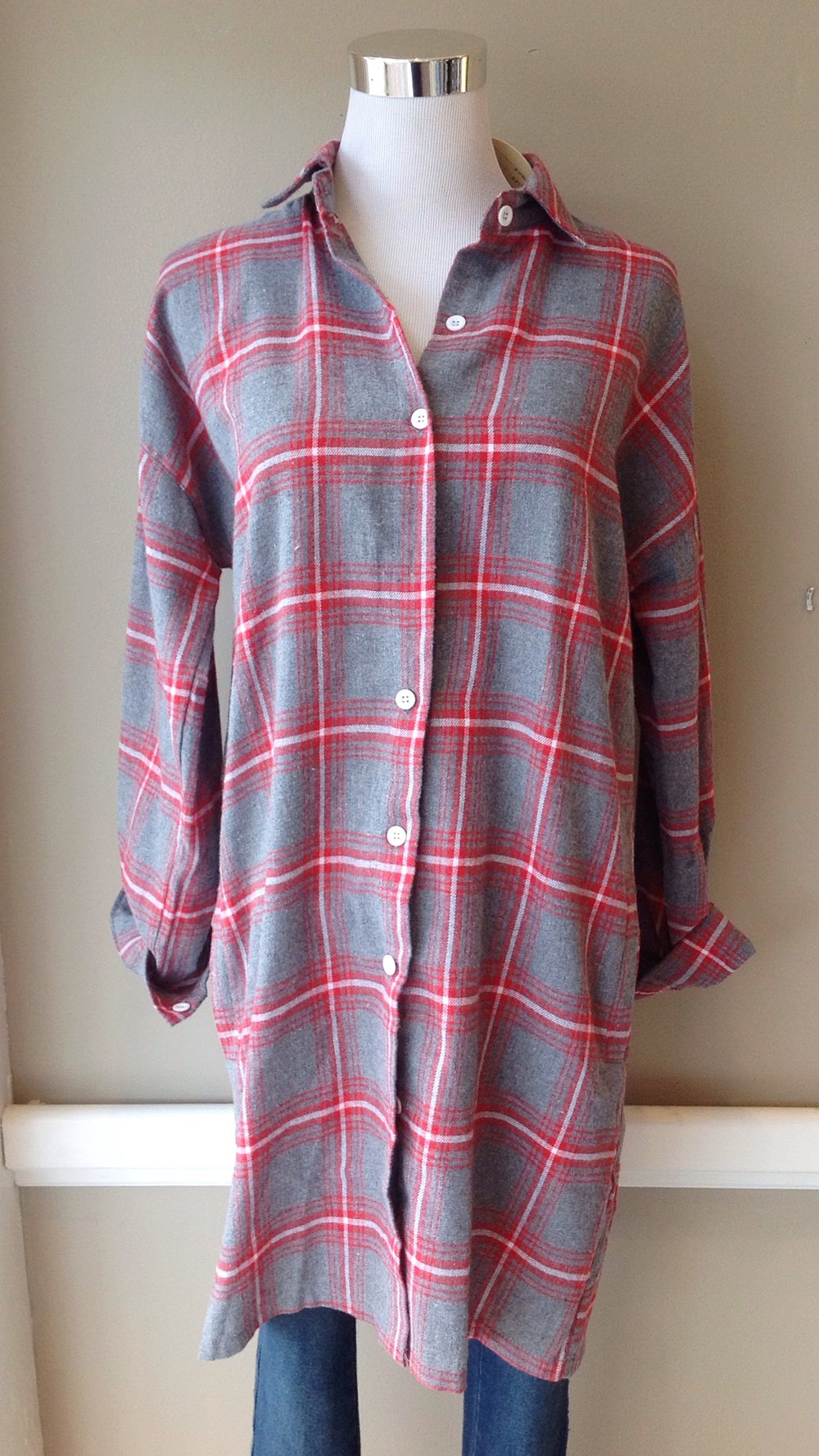 Cotton plaid shirt dress with side pockets in grey/red/white